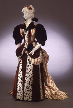 Evening dress, 1890-95 From the Galleria del Costume di Palazzo...