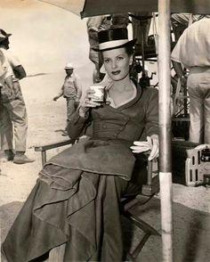 On the set of Bagdad (1948, Universal) ©Delani Collection...Maureen O'Hara