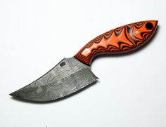Love the handle design in this one. Unique Knives, Full Metal Jacket, Mountain Man, Custom Knives, Knives And Swords, Man Stuff, Knife Making, Knifes, Blacksmithing
