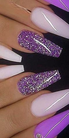Prized by women to hide a mania or to add a touch of femininity, false nails can be dangerous if you use them incorrectly. Types of false nails Three types are mainly used. Cute Acrylic Nails, Cute Nails, Gel Nails, Nail Polish, Bright Nails, Purple Nails, Fabulous Nails, Gorgeous Nails, Unicorn Nails