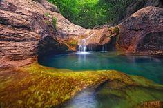 "Crimea canyon, called as ""bath of youth"""