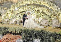 Flower Decorations, Wedding Decorations, Decor Wedding, Wedding Stage Backdrop, Luxury Decor, Weeding, Backdrops, Couple Photos, Wedding Dresses