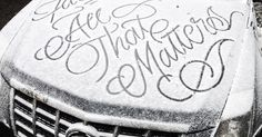 Mysterious Street Artist Leaves Beautiful Typographic Messages on Snow-Covered Cars in NYC | Bored Panda