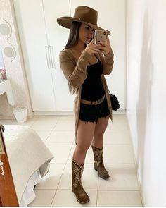 the latest trends: Country dresses Style Cowgirl, Cute Cowgirl Outfits, Rodeo Outfits, Sexy Cowgirl, Western Outfits, Gypsy Cowgirl, Cowgirl Tuff, Western Dresses, Country Chic Outfits