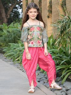 353a5eba910 27 Best Top Trends of Girls Indowestern Salwar Suits images in 2019