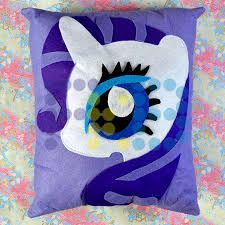 Resultado de imagen para fieltro con motivos my little pony Felt Diy, Felt Crafts, Diy And Crafts, Softies, Plushies, Unicorn Pillow, Pony Party, Best Pillow, Cute Unicorn