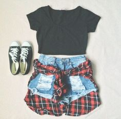 Amei teen fashion outfits, mode outfits, outfits for concerts, cute concert outfits, Teen Fashion Outfits, Mode Outfits, Look Fashion, Casual Outfits, 90s Fashion, Trendy Fashion, Denim Fashion, Fashion Women, Casual Shorts
