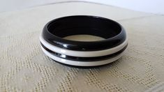 Plastic Jewelry, Rings For Men, Black And White, Vintage, Collection, Black White, Men Rings, Blanco Y Negro, Black N White
