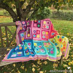 Cómo hacer un Granny Square con flor Maybelle a Crochet - Crochet Aphgans Crochet Baby Booties Tutorial, Crochet Braid Pattern, Crochet Shell Stitch, Crochet Motif, Crochet Patterns, Crochet Stars, Crochet Mandala, Easy Crochet, Newborn Crochet