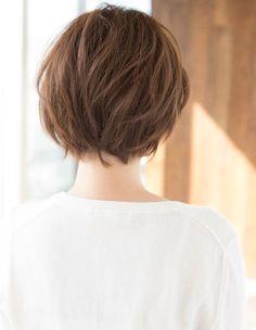 年齢問わず!ふんわり小顔ショート(KY-156) | ヘアカタログ・髪型・ヘアスタイル|AFLOAT(アフロート)表参道・銀座・名古屋の美容室・美容院