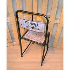 Metallituoli, vaalea pinkki Metal chair from Indonesia
