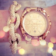 Love the Michael Kors rose gold oversized watch