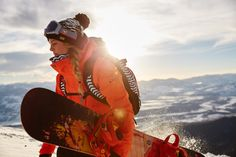 Browse ROXY's official online Snow Shop for snowboard clothing, accessories and more. Get ready for the winter season with snowboard gear for women. Style Snowboard, Ski Et Snowboard, Snowboarding Style, Snowboard Girl, Winter Fun, Winter Sports, Winter Snow, Roxy, Snowboarding Photography
