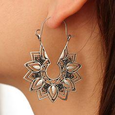 Tiny Stud Earrings, Emerald Earrings, Moon Earrings, Cluster Earrings, Crystal Earrings, Silver Earrings, Helix Earrings, Indian Earrings, Silver Ring