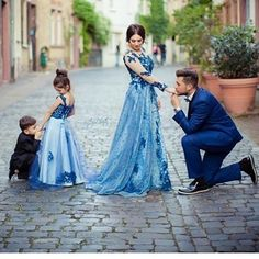 Royal Blue Lace Flower Girl Dress Kids Pageant Party Wedding Bridesmaid Ball Gown Prom Princess Form on Luulla Mommy Daughter Dresses, Daddy Daughter Photos, Mother Daughter Fashion, Mother Daughter Matching Outfits, Ball Gowns Prom, Pageant Gowns, Baby Girl Fashion, Belle Photo, The Dress