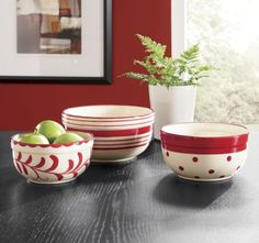 these bowls sure brighten up a table or countertop!  love them!