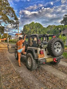 Rock Solid Body Mama Getting Into Her Jeep Jeep Wrangler Pickup Truck, Jeep Wrangler Girl, Cj Jeep, Jeep Truck, Jeep Wrangler Unlimited, Pickup Trucks, Wrangler Rubicon, Trucks And Girls, Big Trucks