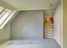 How to Convert Your Attic Into Living Space? Space Under Stairs, Fitted Cabinets, Mawa Design, Built In Furniture, Attic Renovation, Dressing Room, Storage Solutions, Design Projects, Living Spaces