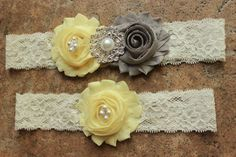 Garter Set -MANY COLORS AVAILABLE- Grey and Yellow Pale Yellow Light Yellow Soft Yellow Wedding Color Yellow and Gray Cute Garter Sets Wedding Garters Yellow Garder by WeddingGarterShop Pale Yellow Weddings, Yellow Wedding Colors, Gray Weddings, Romantic Weddings, Grey Wedding Theme, Wedding Themes, Wedding Ideas, Jazz Wedding, Dream Wedding