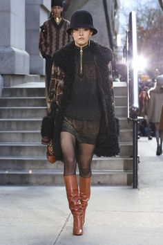 topmodelcentral:    Jung So Hyun and Chantelle Young at Marc Jacobs   Korea (5) and America (21)