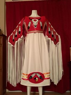 - Welcome to our website, We hope you are satisfied with the content we offer. Native American Clothing, Native American Regalia, Native American Design, Native American Beadwork, Native American Women, Native American Fashion, Fancy Shawl Regalia, Powwow Regalia, Larp