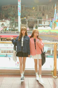 Mode Ulzzang, Ulzzang Korea, Korean Ulzzang, Ulzzang Girl, Friend Outfits, Kpop Outfits, Korean Outfits, Cute Korean Girl, Asian Girl