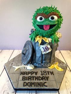 Oscar the Grouch cake for a young man who turned Vanilla sponge cake. Sesame Street Cake, Elmo Cake, Gravity Defying Cake, Vanilla Sponge Cake, Oscar The Grouch, Sugar Art, Fancy Pants, Celebration Cakes, Cupcake Cookies