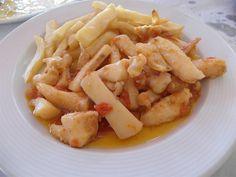 Esta semana tenemos chocos en Chipiona, croquetas de carabinero en Conil, tartar de atún y papas alioli en Cádiz, garbanzos en Trebujena y ajo caliente en El Puerto de Santa María. Son las recomendaciones de los lectores de Cosasdecome. Leetelás todas en el enlace...que hay mucho que ver. http://www.cosasdecome.es/category/club-de-tapatologos/