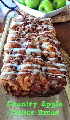 Its apple-picking season! Our newest, most autumnal favorite way to enjoy the fresh-picked fruits? This simple-to-make Apple Fritter Bread! This country apple fritter bread is absolutely the best I have ever had! Bon Dessert, Dessert Bread, Dinner Dessert, Quick Dessert, Dessert Drinks, Scones, Fall Recipes, Sweet Recipes, Top Recipes