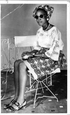 …sittingggggg…  Shades & Swagger # 4 | When vintage pales on modern. Source: Heritage 1960