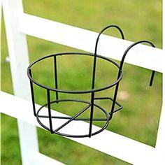 Small Balcony Garden, Balcony Plants, House Plants Decor, Potted Plants, Hanging Flower Baskets, Hanging Pots, Home Decor Baskets, Decoration Plante, Pot Hanger