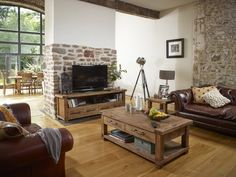 Charltons Industrial Weathered Oak Large Coffee Table, TV Unit & Lamp Table