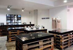 F95 fashion store, Berlin store design