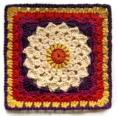 Kata Square by Mellie Blossom, via Flickr ~free crochet patterns ~