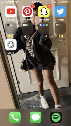 Iphone Layout, Phone Organization, Tumblr Wallpaper, Homescreen, Milan, Organize, Apps, Tumblr Iphone Wallpaper, Pretty Phone Backgrounds