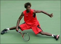 Monfils, the most entertaining tennis player to watch. He's ridiculously athletic!