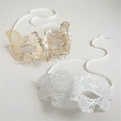 Would be cool to have a surprise masquerade ball for my sweet 16