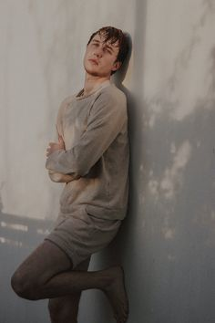 Model und Blogger Laurel Koeniger Great Mens Fashion, Latest Mens Fashion, Slow Fashion, Vintage Photography, Portrait Photography, German Fashion, Wet Hair, Cute Guys, Instagram Fashion