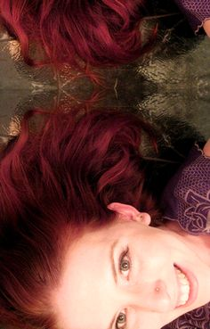 Red henna hair dye tutorial    (I just dyed my hair with henna a few days ago. I like the color! )