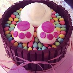 Easter Bunny cake! (chocolate cake with a chocolate buttercream!)