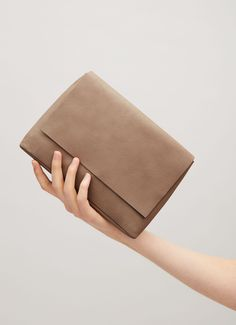 COS | Tactile accessories