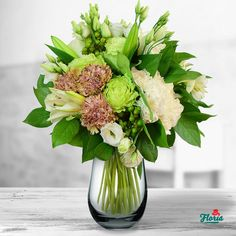 Loialitate White Flower Arrangements, White Flowers, Glass Vase, Lime, Table Decorations, Home Decor, Green, Homemade Home Decor, Lima