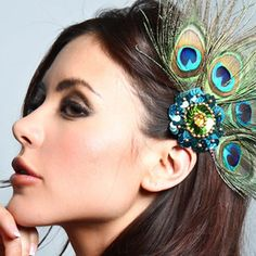 PEACOCK hair accessories | Peacock feather hair accessories are sure to make a statement. But for ...