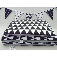 Pościel dla dzieci w stylu skandynawskim - Czarne trójkąty - www.betulli.pl