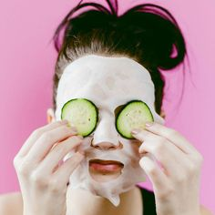 DIY Hydrating Sheet Mask- click through for the full tutorial! DIY Hydrating Sheet Mask- click through for the full tutorial! Diy Skin Care, Skin Care Tips, Diy Sheet Mask, Best Peel Off Mask, Home Remedies For Skin, Combination Skin Care, Facial Masks, Diy Face Mask, Natural Skin Care