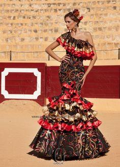 EUFORIA - Guadalupe Moda Flamenca Flamenco Costume, Flamenco Dancers, Dance Costumes, Flamenco Dresses, Special Dresses, Unique Dresses, Spanish Dress, Flamingo Dress, Spain Fashion