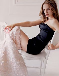 Discover the new Miss Dior film with Natalie Portman, directed by Anton Corbijn, and heaps of exclusive content.