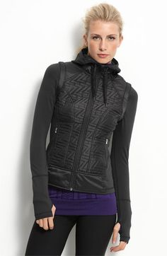 This Zella jacket is smoking hot! And making into a vest is bonus. I love wearing it.