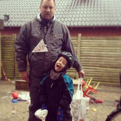 I Ribe er far og søn klar  #Landsindsamling #Visflaget