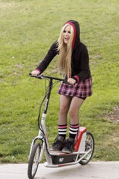 Avril Lavigne アヴリルラヴィーンの画像 プリ画像